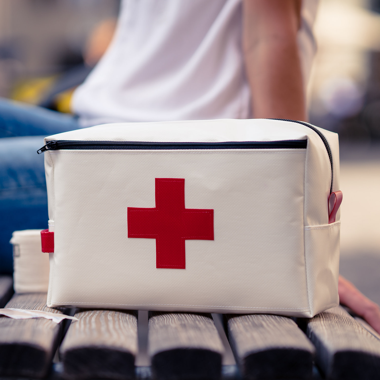 Extra grosse Apotheke/ Notfalltäschchen für daheim und auf Reisen