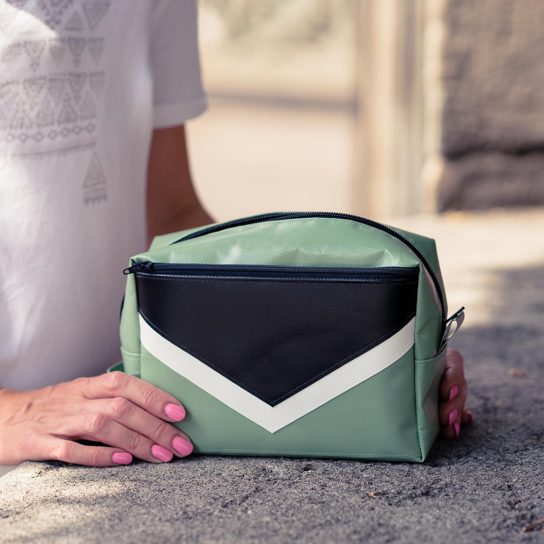 Täschchen, Taschenorganizer, Necessaire aus Blache