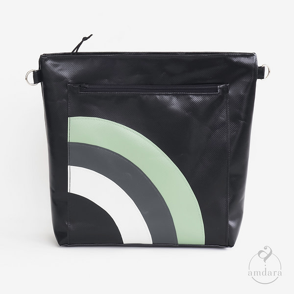 Tasche, Umhängetasche mittel aus Blache
