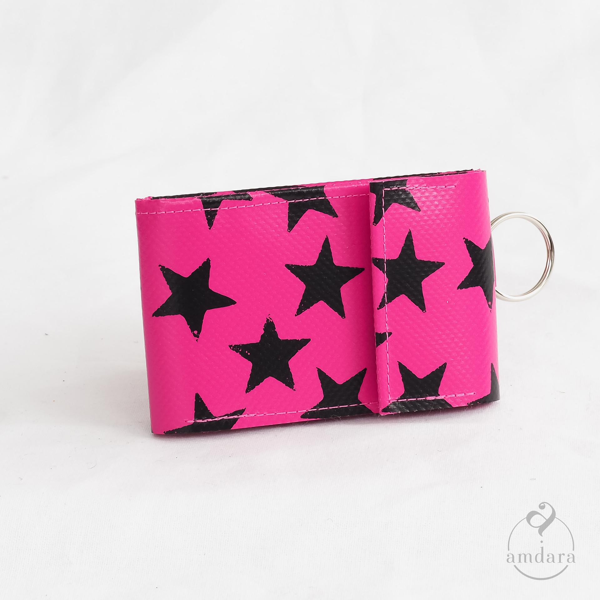 Portmonee Aruni Sterne Print schwarz auf pink